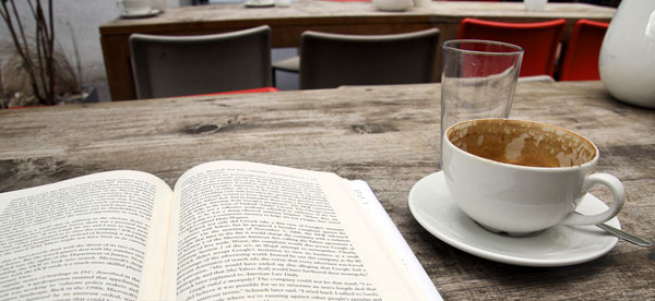 books-and-coffee (1)