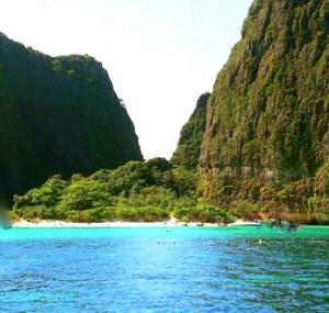 Phi-Phi-Maya-Beach-southern-Thailand-300x285